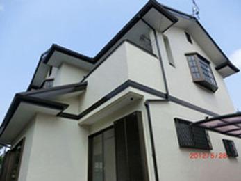 雨漏りに強く、軽く、非常に耐久性がある屋根に変えてくださって嬉しいです!